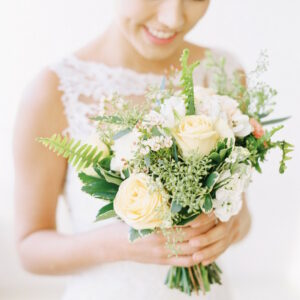 anna brides flower bouquet
